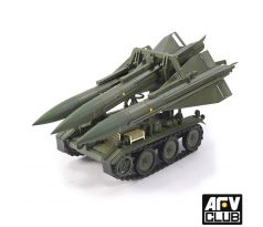 1/35 M-501 MISSILE LOADING TRACTOR